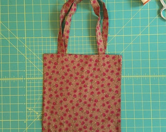 Coming up Roses Print Fat Quarter Tote Bag, Fabric Gift Bag, Small Cotton Tote