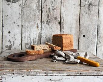Medium Baguette Board, Cheese Board, Wood Plate, Cutting Board, Personalized Cutting Board, Reclaimed Wood, Bread Board, Serving Tray