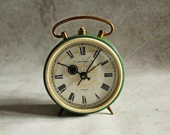 Vintage alarm clock, Soviet alarm clock, Jantar, 4 jewels, green alarm clock, working condition