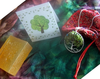 Tree of Life  gift Set - Family Tree Birthstone necklace, Soap, card,  Brocade Bag - Family Tree pendant Grandmother mother in law