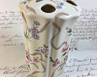 Vintage Waverly floral pattern toothbrush holder roses pink blue green ribbons