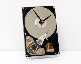 Geek clock, upcycled, Computer parts clock, geek lovers gift, Recycled Computer Hard Drive Clock, steampunk clock, industrial design clock,
