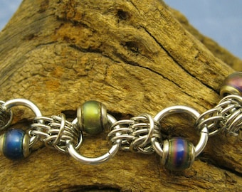 Groovy Chainmaille Bracelet With Mood Beads