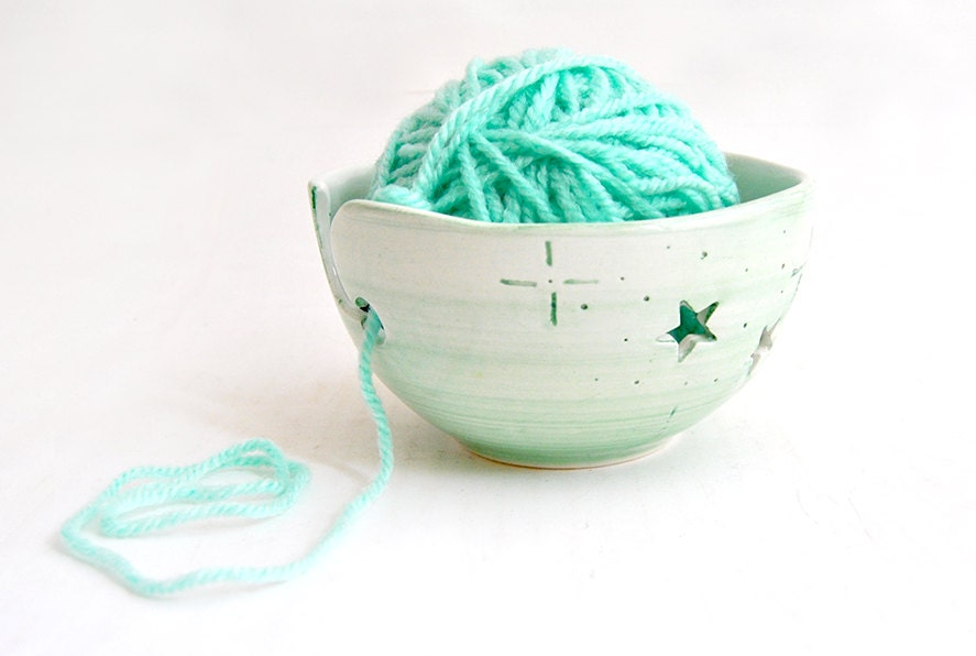 Green Christmas Stars Ceramic Yarn Bowl, Knitting Bowl, Crochet Bowl , with Openwork of Stars. Ready To Ship