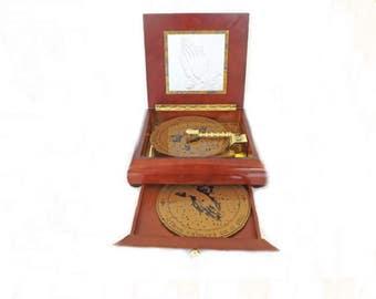 Vintage Music Box, Phonograph Music Box, Religious Music, Spiritual Music, Record Player, Mr. Christmas, Music Records, Home Decor,