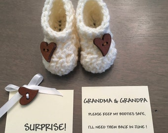 Pregnancy Announcement,  Pregnancy Announcement  Grandparents, Pregnancy Reveal Booties, Reveal Pregnancy