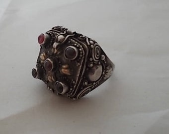 Vintage~Antique~Sterling Silver~Poison Ring~Pill Box~Locket~Snuff~Ring~Amethyst~Gold~Accents~Poison Ring~Secret~Compartment~925~sz~8+
