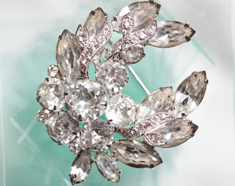 Gorgeous vintage Eisenberg Ice rhinestone brooch with marquis stones