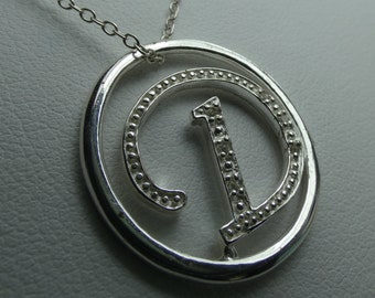 """Sterling silver initial """"D"""" necklace w 6 .01 CZ's. 2.7 grms- 20mm in diameter - 16"""" chain 2632"""