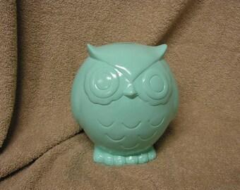 WHOOOOTIFUL Stoutly Mama Owl Bank Mint Green