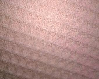 HONEYCOMB bee 100% cotton apricot width 140cm