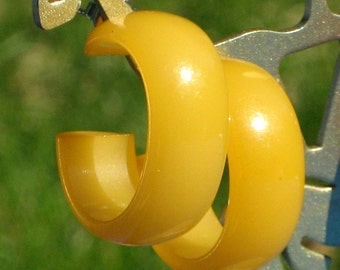Bakelite Earrings Vintage Hoops Amber Estate Jewelry Wide Chunky Catalin Butterscotch Yellow Bold Mid Century Art Deco Pierced Modern Minty