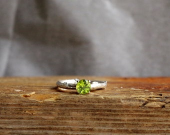 Peridot Ring Branch Jewelry Twig Ring Engagement Ring Sterling Silver Botanical Ring August Birthdays  Leo Birthstone