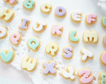 5 pcs Mini Alphabet Pastel Icing Cookie Cabochon (approx10mm)  DR700