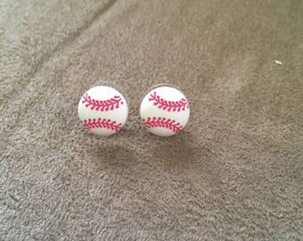 Vintage White Baseball Plastic Round Design Earrings, 1/2'' In Diameter