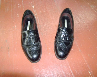 SALE MeNs BLacK LeaTHer FLorSheiM WinG TiP LoaFeRs 8.5 D
