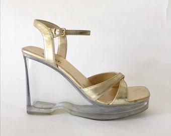VTG Gold Metallic Strappy Clear Plastic Lucite Platform Chunky Heel Sandals