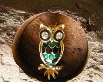 Vintage Enameled Owl Pin