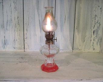 Vintage working clear glass oil lantern, glass working lantern oil lamp, antique look lantern oil lamp, rustic lantern oil lamp