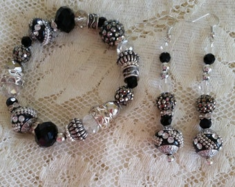 Magicians Cloak Kashmiri Bead Bracelet and Earring Set Handmade