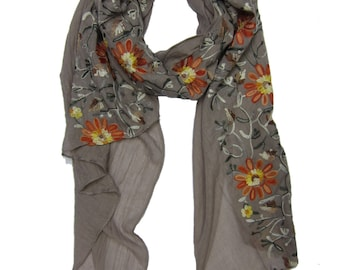Beautiful Embroidery Sunflower Scarf