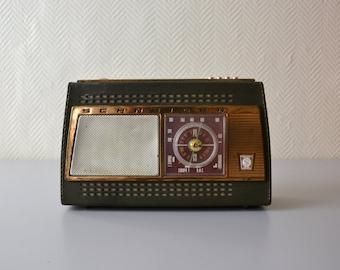 Vintage Transistor Radio Schneider Lutin / french portable radio station 60s