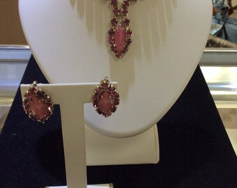 Bright Pink Cats Eye and Rhinestone Necklace and Earrings