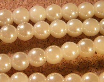 10 pearls 8 mm brass plated - imitation jade - beige-PE199-2