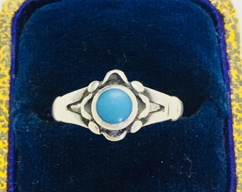 Vintage Bell Trading Post Sterling Turquoise Ring - Size 6.5 - 1.6 Grams