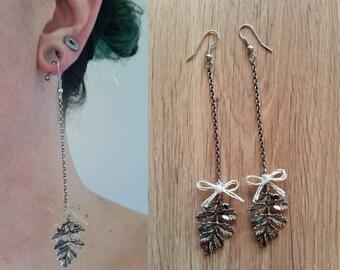 Oak leaves earrings
