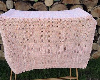 Shell Stitch Crocheted Baby Blanket, handmade, ready to ship, infant gift, 100% acrylic yarn