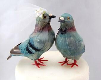 Pigeon Cake Topper: Bride & Groom Love Bird Wedding Cake Topper