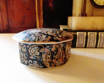 Takahashi Paisley Porcelain Box, Chinoiserie Porcelain Box, Trinket Box, Candy Box, Home Office Decor