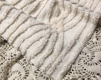 Vintage White Chenille Layer/ Vintage White Chenille Piece
