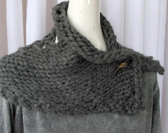 Knitted Button Cowl