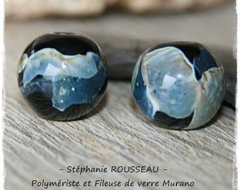 Set of 2 glass beads Lampwork Murano glass