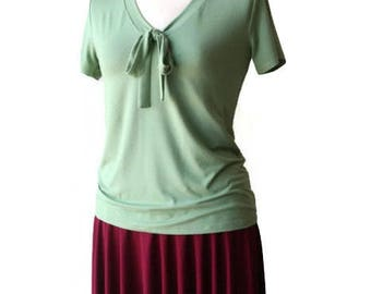 SALE Womens short sleeve V neck top, Pistachio green Bow top, Womens clothing, Womens tops, Simple top, Everyday top, Sale top, US10-12 top