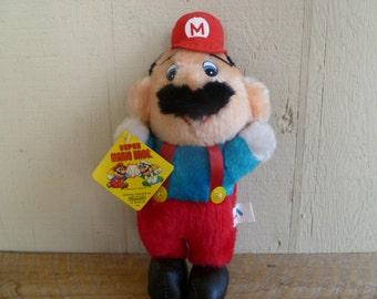 Nintendo Super Mario Bros Luigi Plush Doll 1988 New with Tags