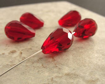 Red Faceted Teardrop Crystal Glass Beads  - 15mm - 5 Beads