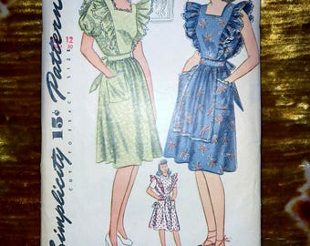 """1940s Vintage Simplicity Pattern 4632 for Misses Dress or Pinafore Size 12, Bust 30"""", Waist 25"""", Hip 33"""""""