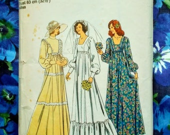"Style Sewing Pattern - 1976 - Woman's/Misses Bride and Bridesmaid dresses - Size 10 bust 32 1/2"" -  Mpn 1421 - Used & complete"