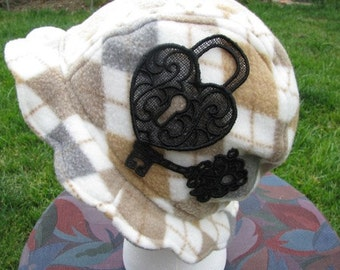 Scalloped Edge Fleece Bucket Hat with Beautiful Black Lace Lock and Key