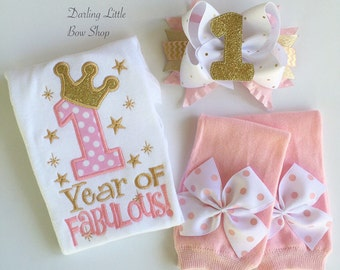 First Birthday outfit in pink and gold - 1 YEAR of FABULOUS - EXCLUSIVE design, pink and gold outfit with gorgeous bow