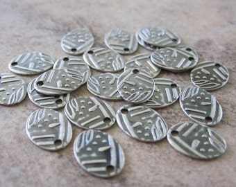 10 Antiqued Silver Plated Brass Drops, Stamped, Oval, 8x6mm - JD39