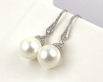 Wedding Pearl Earrings for Brides // Bridal Jewelry Pearl Drop // Affordable Bridesmaid Gifts