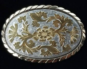 ON SALE! ..Vintage Western Belt Buckle #36