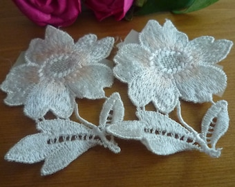 Applied 2 flower ivory lace to apply 6 * 6, 50 cm