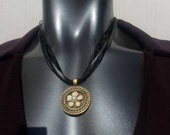 DaZy Zipper Pendant zipper Necklace, zipper jewelry, urban jewelry, unique gift, Well Accessorized, daisy jewelry