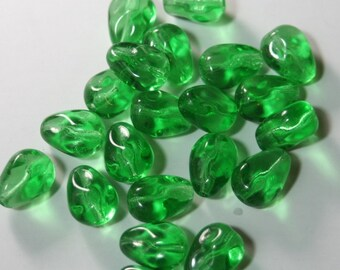 ON SALE Supplies Beads 30 pear shaped green Czech glass