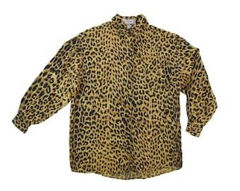 80s 90s Silk Leopard Animal Print Pattern Long Sleeve Collared Button Down Blouse Dress Shirt (Women's Size Medium-Large)